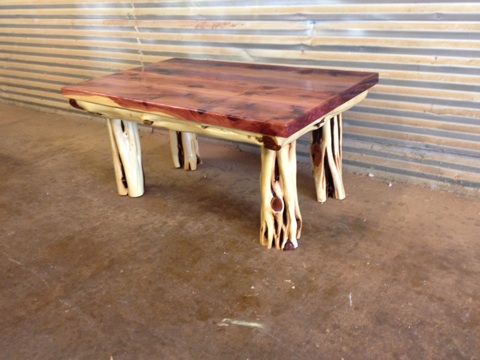 ... Cedar Table With 4 Post Legs